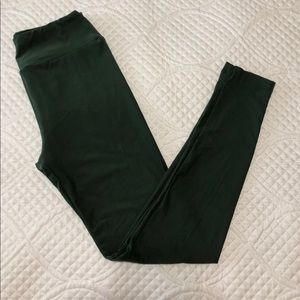 NWOT Olive Green LuLaRoe Leggings